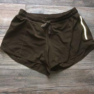 Lululemon hotty hot shorts long